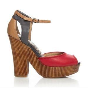 Splendid Davenport platform sandal